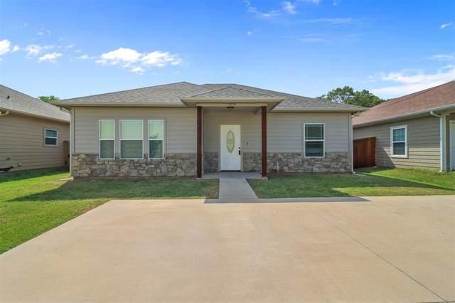 1520 S Montgomery Street, Sherman, TX 75090 (MLS #14671460) :: Lisa Birdsong Group   Compass
