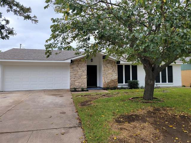 6809 Rustic Drive, Forest Hill, TX 76140 (MLS #14671535) :: Lisa Birdsong Group | Compass
