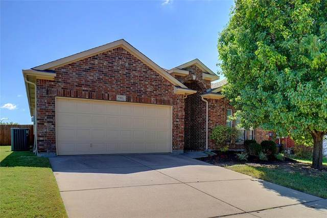 5901 Sea Bass Court, Fort Worth, TX 76179 (MLS #14671592) :: Russell Realty Group