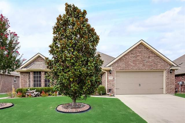 212 Mckamy Boulevard, Denton, TX 76207 (MLS #14671724) :: Lisa Birdsong Group | Compass