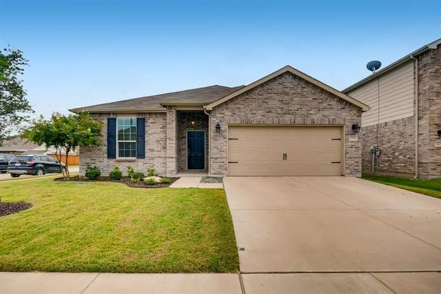 2348 Barzona Drive, Fort Worth, TX 76131 (MLS #14671739) :: Real Estate By Design
