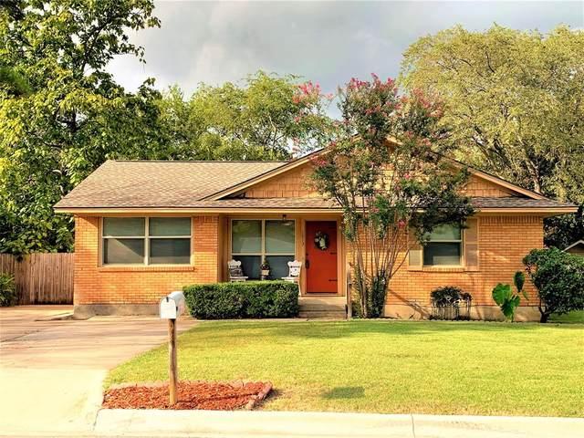 1013 Laguna Drive, Denton, TX 76209 (MLS #14671787) :: Lisa Birdsong Group | Compass