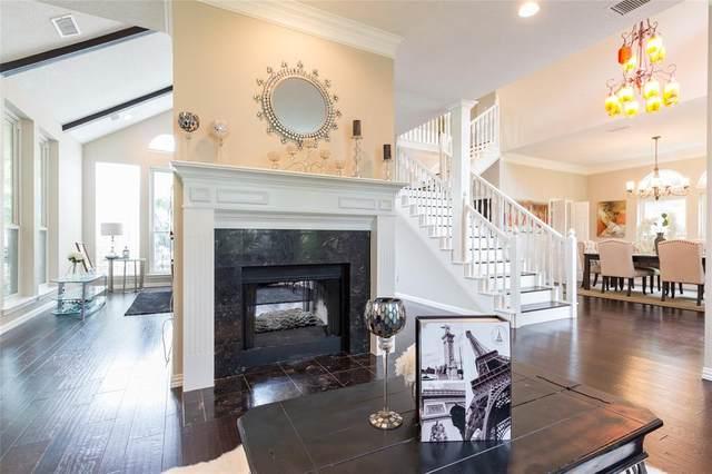 8810 Bayshore Lane, Rowlett, TX 75088 (MLS #14671820) :: Frankie Arthur Real Estate