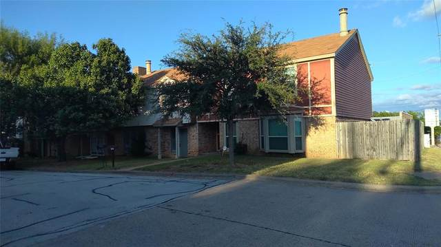 2245 Madrid Court, Dalworthington Gardens, TX 76013 (MLS #14671842) :: Real Estate By Design