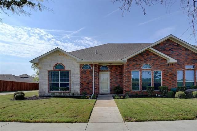 2210 Poinsettia Boulevard, Denton, TX 76208 (MLS #14671928) :: VIVO Realty