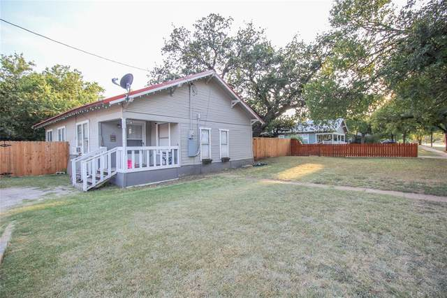 302 Patterson, Eastland, TX 76448 (#14672032) :: Homes By Lainie Real Estate Group