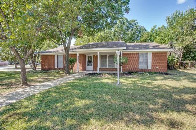 6601 Summit Ridge Drive, Watauga, TX 76148 (MLS #14672252) :: Real Estate By Design