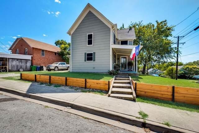 300 E Shoemaker Street, Decatur, TX 76234 (MLS #14672376) :: The Mauelshagen Group
