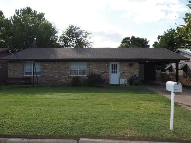 306 Texas, Graham, TX 76450 (MLS #14672402) :: Real Estate By Design