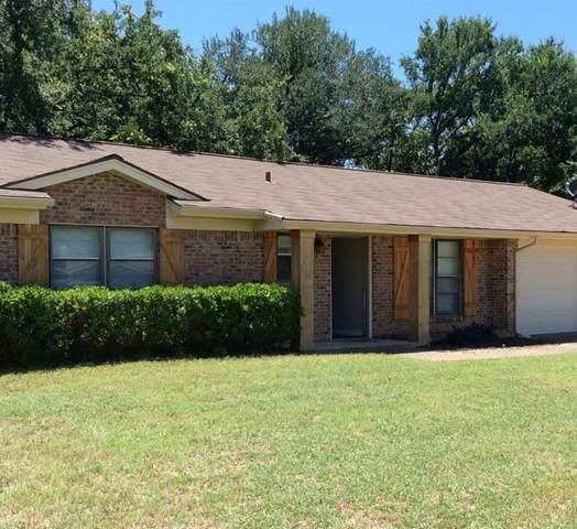 708 N Stewart Street, Azle, TX 76020 (MLS #14672417) :: Jones-Papadopoulos & Co