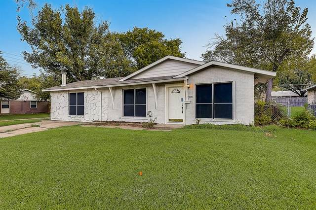 4234 Sarazen Drive, Mesquite, TX 75150 (#14672524) :: Homes By Lainie Real Estate Group