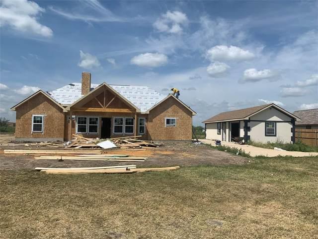 6013 Dewberry Lane, Joshua, TX 76058 (MLS #14672632) :: The Hornburg Real Estate Group