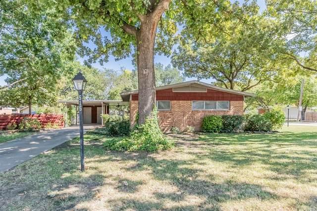 515 Harmon Terrace, Arlington, TX 76010 (MLS #14672784) :: Real Estate By Design