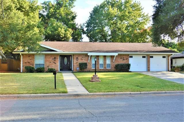 409 Brookview Drive, Hurst, TX 76054 (MLS #14672817) :: The Chad Smith Team