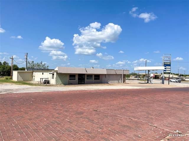200 Conrad Hilton Boulevard, Cisco, TX 76437 (#14672875) :: Homes By Lainie Real Estate Group