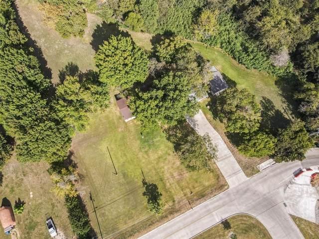 908 Vanderbilt Road, Lancaster, TX 75134 (MLS #14673063) :: Real Estate By Design