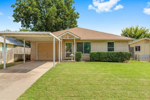 1206 Hanover Street, Weatherford, TX 76086 (MLS #14673078) :: The Good Home Team