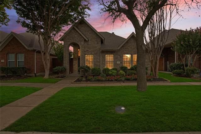 7553 Glasshouse Walk, Frisco, TX 75035 (MLS #14673200) :: Real Estate By Design