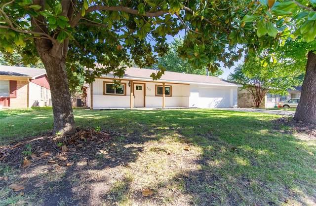 422 San Pedro, Grand Prairie, TX 75051 (MLS #14673232) :: The Chad Smith Team