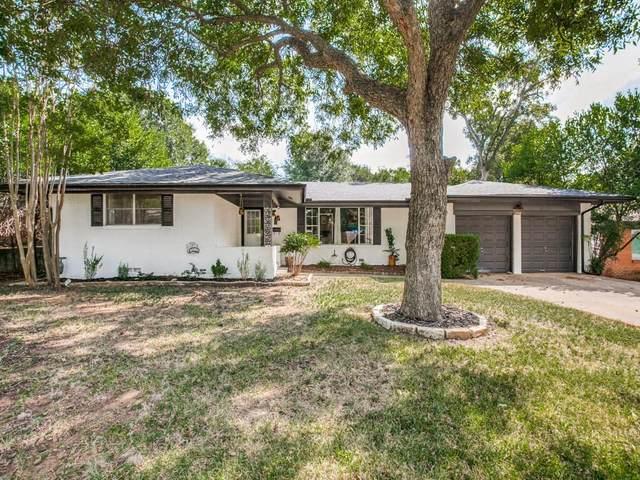 1716 Smith Lane, Arlington, TX 76013 (MLS #14673305) :: Real Estate By Design