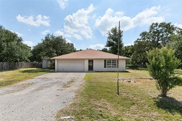 2083 J E Woody Road, Springtown, TX 76082 (MLS #14673343) :: Real Estate By Design