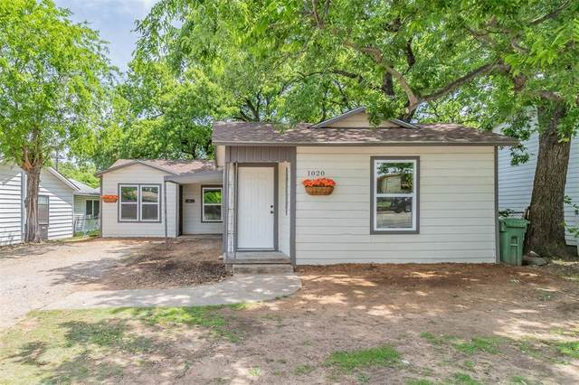 1020 Brown Trail, Bedford, TX 76022 (MLS #14673462) :: Russell Realty Group