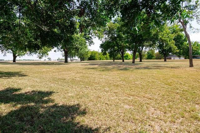 910 Winningkoff Road E, Lucas, TX 75002 (MLS #14673487) :: VIVO Realty
