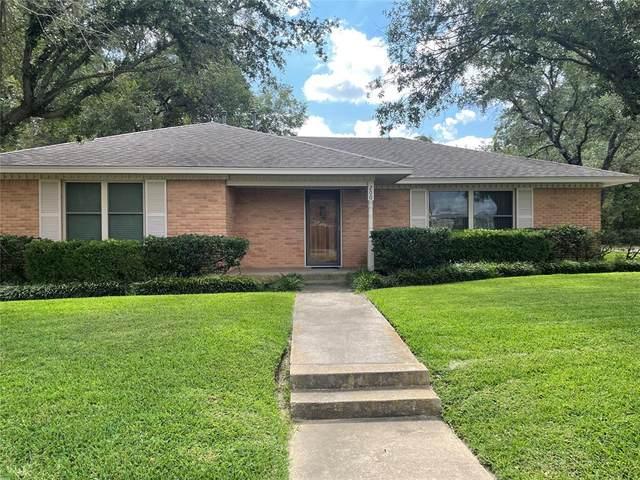 200 Charter Street, Whitesboro, TX 76273 (MLS #14673580) :: VIVO Realty