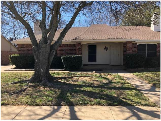 2911 Hilltop Drive, Euless, TX 76039 (MLS #14673626) :: Real Estate By Design