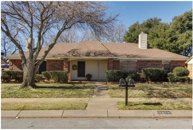 2913 Hilltop Drive, Euless, TX 76039 (MLS #14673647) :: Real Estate By Design