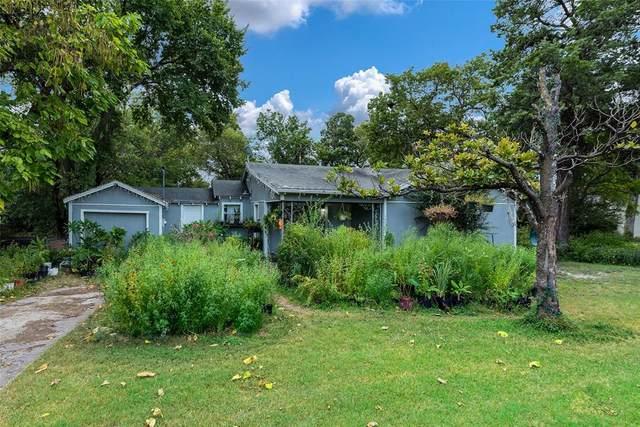 3016 Cedar Lake Drive, Dallas, TX 75227 (MLS #14673651) :: The Mauelshagen Group