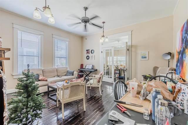 4413 Worth Street, Dallas, TX 75246 (MLS #14673662) :: Real Estate By Design