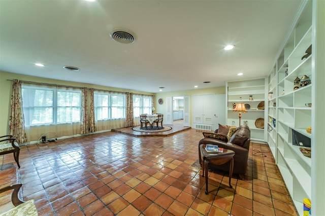 824 S Collins Street, Arlington, TX 76010 (MLS #14673746) :: Real Estate By Design