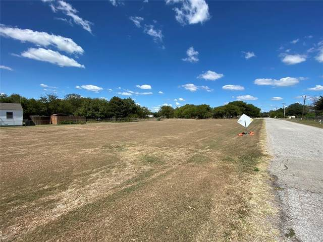 3103 W Wintergreen Road, Lancaster, TX 75134 (MLS #14673874) :: Real Estate By Design