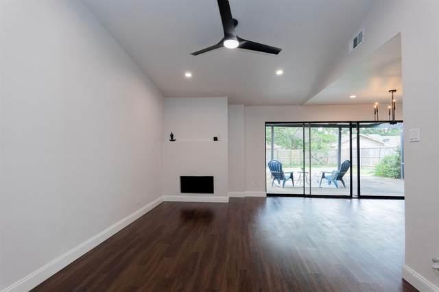 2022 Knollwood Lane, Carrollton, TX 75006 (MLS #14673925) :: Real Estate By Design