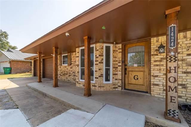 1424 Prairiewind Boulevard, Stephenville, TX 76401 (MLS #14674448) :: VIVO Realty