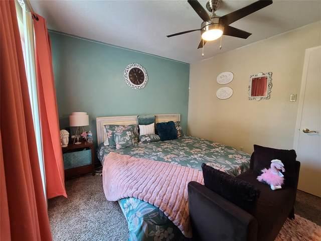 8110 Skillman Street #2049, Dallas, TX 75231 (MLS #14674570) :: VIVO Realty