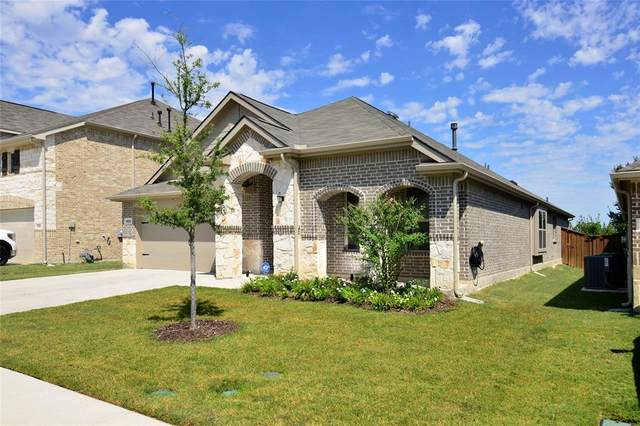 9328 Bronze Meadow Drive, Fort Worth, TX 76131 (MLS #14674692) :: Real Estate By Design