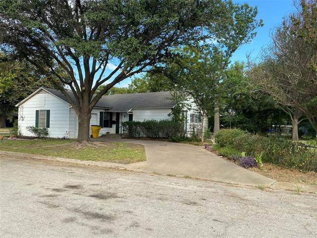 708 Walter Road, Gainesville, TX 76240 (MLS #14674766) :: Real Estate By Design