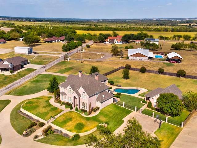 2101 Lakeshore Drive, Cleburne, TX 76033 (MLS #14675090) :: The Tierny Jordan Network