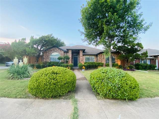 2039 Timberview Drive, Mesquite, TX 75149 (MLS #14675093) :: The Russell-Rose Team