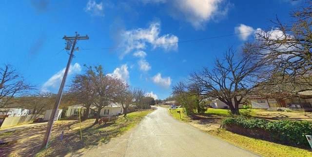 322 Boone, Alvarado, TX 76009 (MLS #14675147) :: The Hornburg Real Estate Group