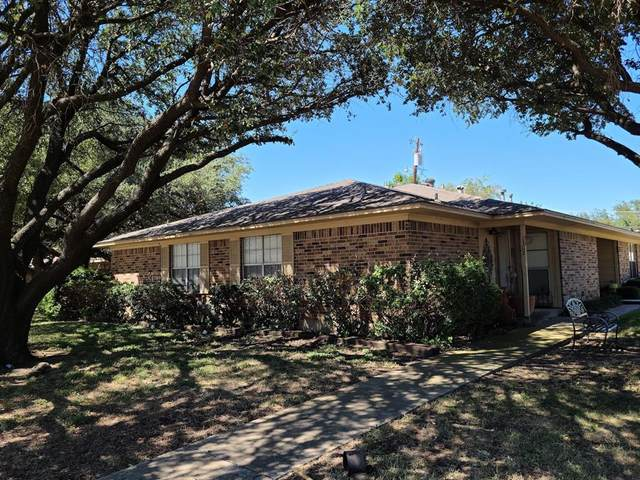 1302 Crescent Street, Denton, TX 76201 (MLS #14675184) :: Front Real Estate Co.