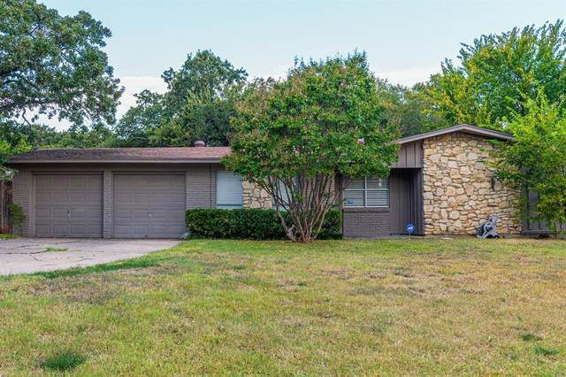 10 Stonegate Drive, Bedford, TX 76022 (MLS #14675201) :: Epic Direct Realty