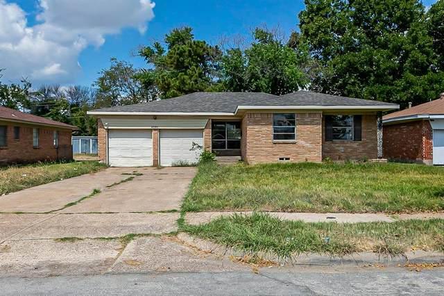 9561 Highfield Drive, Dallas, TX 75227 (MLS #14675215) :: Frankie Arthur Real Estate