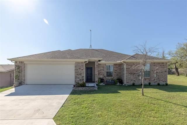 225 Runaway Bay Drive, Runaway Bay, TX 76426 (MLS #14675223) :: Robbins Real Estate Group