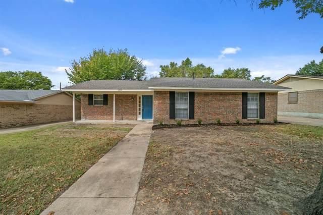 2904 Linda Drive, Ennis, TX 75119 (MLS #14675364) :: The Hornburg Real Estate Group
