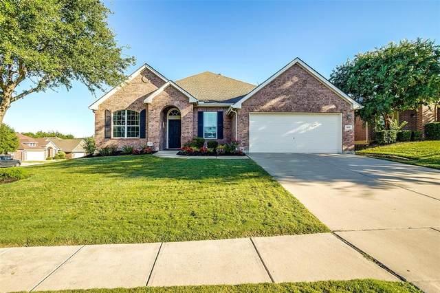 860 Roaring Springs Road, Grand Prairie, TX 75052 (MLS #14675516) :: The Chad Smith Team