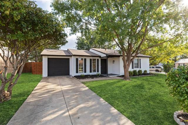 7000 Greenview Circle N, Fort Worth, TX 76120 (MLS #14675565) :: Real Estate By Design