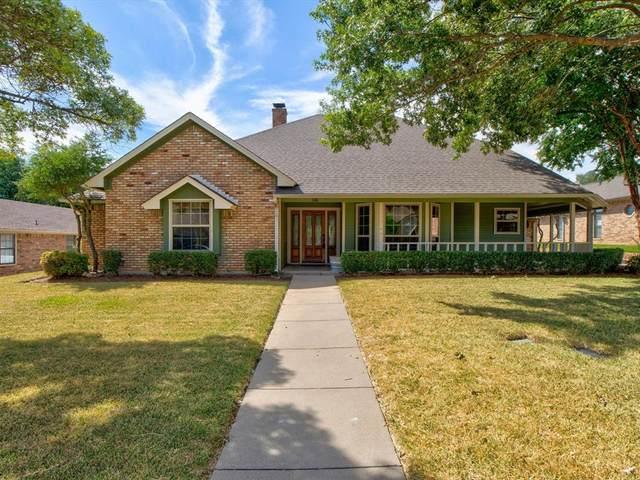 10 Kevin Court, Mansfield, TX 76063 (MLS #14675652) :: RE/MAX Pinnacle Group REALTORS